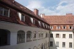 Dachdeckermeister-Graz-Altenburger-Dachdeckerei-Graz_Fassadenverblechung_Fensterbänke_Herrengasse-02